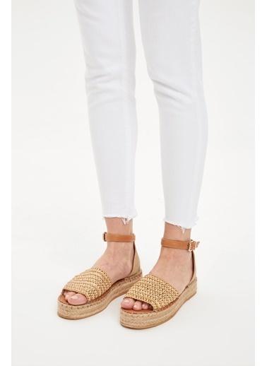 DeFacto Sandalet Bej